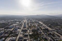 Antena de Pasadena California en el centro de la ciudad Imagenes de archivo