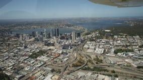 Antena de Perth en el centro de la ciudad almacen de metraje de vídeo