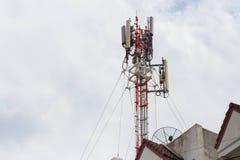 Antena de transmissor do telefone imagem de stock