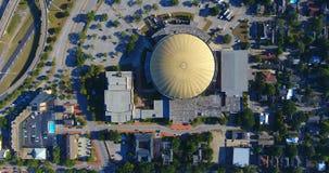 Antena del centro municipal móvil céntrico imagen de archivo libre de regalías