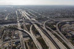 Antena del intercambio de la autopista sin peaje de Los Ángeles Fotos de archivo libres de regalías