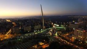 Antena del puente de los acordes en la noche en Jerusalén Israel Fotos de archivo