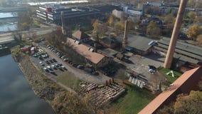 Antena del tiro del abejón de Halle Saale 4K de la fábrica vieja salina metrajes