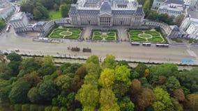 Antena do palácio da atração turística do Palais Royal, parada da cerimônia vídeos de arquivo