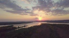Antena do por do sol do rio video estoque