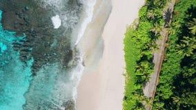 Antena lota 4K przedni trute? dziwaczny raj tropikalny pla?owy Anse Bazarca przy Mahe wysp?, Seychelles Lato zdjęcie wideo