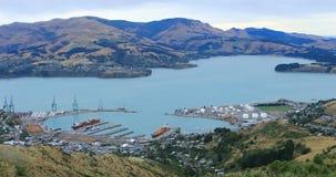 Antena Lyttelton schronienie blisko Christchurch, Nowa Zelandia 4K zdjęcie wideo
