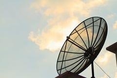 Antena parabólica Imagen de archivo libre de regalías