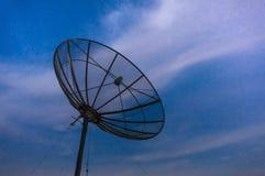 Antena parabólica com luz suave Foto de Stock
