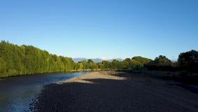 Antena, Piękna Nowa Zelandia rzeka Jako zmierzchu 4k klamerka zbiory