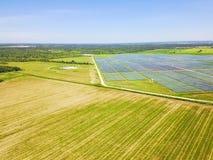 Antena solar en Austin, Tejas, los E.E.U.U. de la granja Imagen de archivo