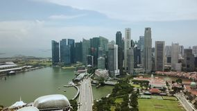 Antena strzał drapacze chmur w Marina zatoce Singapur zdjęcie wideo