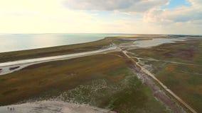 Antena strzał 4K Nieżywego morza widok z lotu ptaka w Ukraina Krajobraz i bogactwa morze zbiory