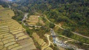 Antena strzał krajobraz w Wschodnim Bhutan zdjęcie wideo