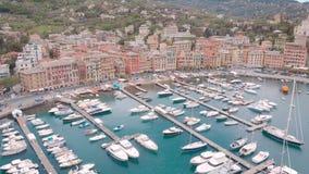 Antena strza? Santa Margherita Ligure jest pięknym miejscowością wypoczynkową na Liguryjskim wybrzeżu w Włochy Widok od zatoki, w zdjęcie wideo