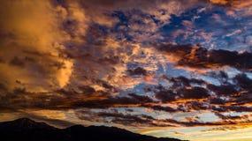 Antena, trutnia wschód słońca przed burzą widok obrazy royalty free