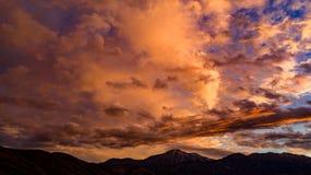 Antena, trutnia wschód słońca przed burzą widok zdjęcie royalty free