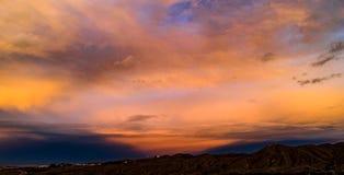 Antena, trutnia wschód słońca przed burzą widok obrazy stock