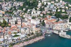 Antena turística de excursión de Rapallo, ciudad italiana del mar Fotos de archivo libres de regalías