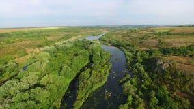 Antena: voo sobre o rio filme