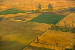 Antena wiejski krajobraz z kultywującą ziemią blisko Frankfurt magistrala - Am - Zdjęcia Stock