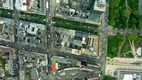 Antena wierzcho?ka puszka hyperlapse miasto budynki i ulicy frankfurt German zbiory wideo