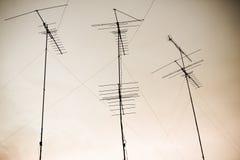 Antena y cielo Imagenes de archivo