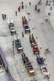 Antena zatłoczony Stephansplatz w Wiedeń z fiakers Fotografia Stock