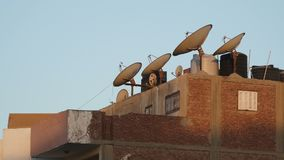 Antenas del satélite y de televisión almacen de video