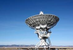 Antenas do telescópio de rádio - planícies de San Agustin, nanômetro, EUA fotografia de stock