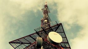 Antenas Polo para a rede do móbil da transmissão filme