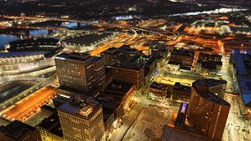Antenn av Cincinnati efter mörker Arkivfoto