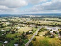 Antenn av den lilla lantliga staden av Sommerville, Texas Next i vad Royaltyfri Foto