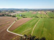 Antenn av jordbruksmark i Dover, Pennsylvania precis söder av Harrisbu Arkivfoto
