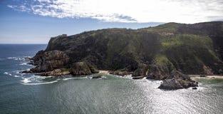Antenn av kusten av Knysna Sydafrika Royaltyfri Fotografi