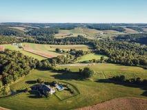 Antenn av Loganville, Pennsylvania runt om sjön Redman och sjö W Royaltyfria Bilder