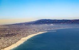 Antenn av stranden i Los Angeles Arkivbilder