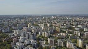 Antenn av typisk östligt - europeiskt bostadsområde Warsaw Polen arkivbild