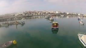 Antenn från hamnen i Lagos Algarve Portugal lager videofilmer