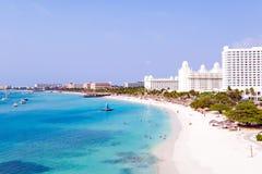 Antenn från Palm Beach på Aruba i det karibiskt Royaltyfri Bild