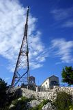 Antenn och kloster royaltyfria foton