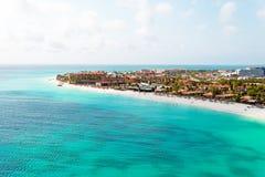 Antenn på den Manchebo stranden på den Aruba ön Royaltyfri Fotografi