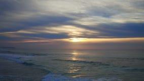 Antenna dal bello tramonto al westcoast nel Portogallo video d archivio