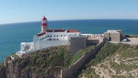Antenna dal faro a Cabo Vicente nel Portogallo video d archivio