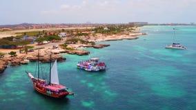 Antenna dalla costa ovest dall'isola di Aruba stock footage