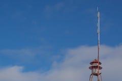 Antenna dei CB, sirene dell'allarme antincendio Fotografie Stock