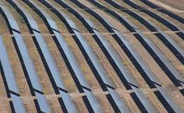 Antenna dei pannelli fotovoltaici Immagini Stock