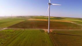 Antenna del parco eolico video d archivio