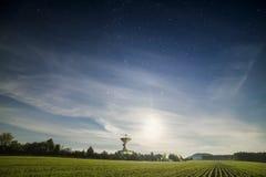 Antenna dell'osservatorio dello spazio Fotografie Stock Libere da Diritti