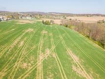 Antenna della cittadina circondata da terreno coltivabile in Shrewsbury, P Immagine Stock
